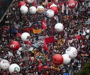 Manifestación contra la reforma de las pensiones en Río de Janeiro. Foto: M. SCHINCARIOL AFP