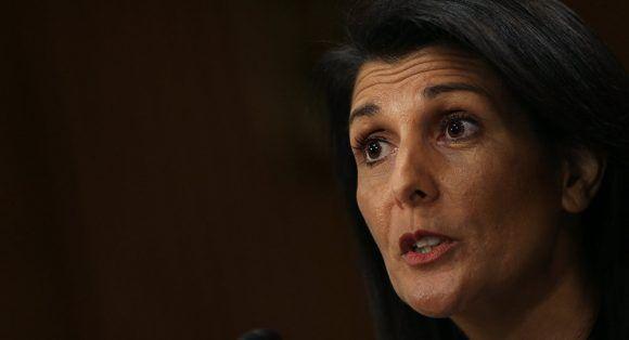 Le représentant permanent des États-Unis à l'ONU, Nikki Haley,