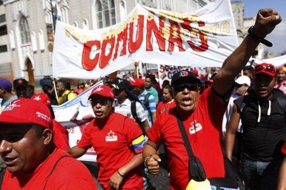 Comuneros y movimientos sociales marchan este martes en respaldo al proceso Constituyente. Foto: Correo del Orinoco.
