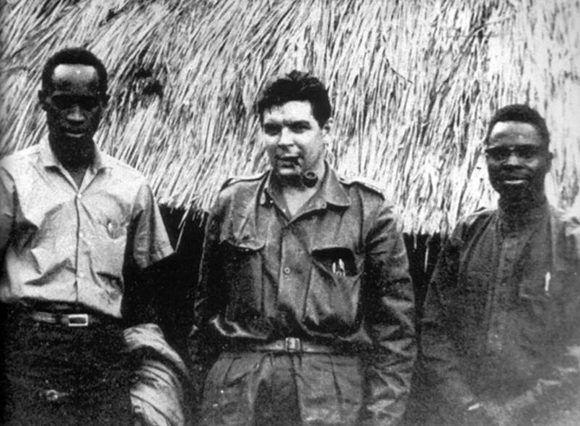 El Che junto a combatientes congoleños.
