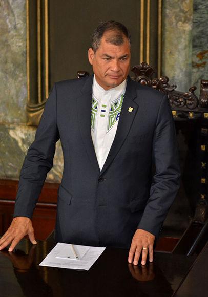 Rafael Correa Delgado, Presidente de Ecuador recibe el Honoris Causa en el Aula Magna de la U.H. Foto: Roberto Garaycoa Martínez/ Cubadebate.
