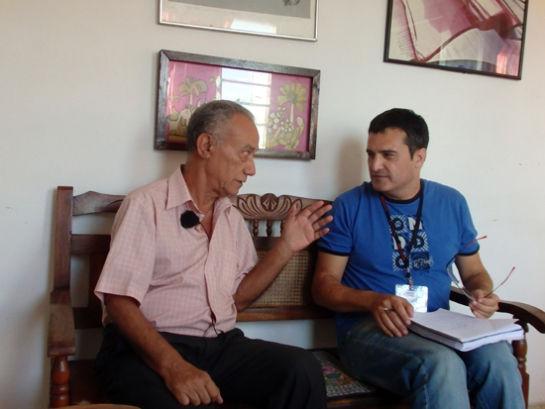 Fernando Martínez Heredia respondió a las preguntas de José Manzaneda, director de Cubainformación. Foto: CubaInformación