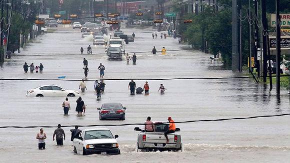 Desesperación en Texas debido al paso de Harvey. Foto: M. Mulligan/ AP.