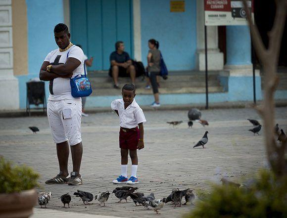 Más de un millón 800 mil alumnos de todos los tipos de enseñanzas regresaron hoy a las aulas. Foto: Irene Pérez/ Cubadebate.