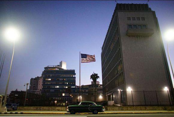 """Donald Trump culpó a Cuba de los incidentes en la embajada de su país, pero no mostró prueba alguna de los mismos. Científicos estadounidenses niegan que los """"ataques"""" hallan sido reales. Foto: Alexandre Meneghini/ Reuters."""