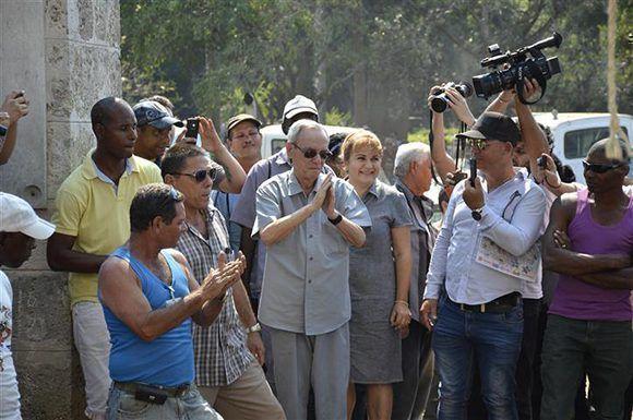 Eusebio Leal, el 15 de marzo de 2016, jornada en la cual El Templete tuvo su nueva ceiba. Foto: Thays Roque Arce/ Habana Radio.