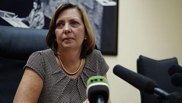 Josefina Vidal Ferreiro, Directora General de Estados Unidos de América, del Ministerio de Relaciones Exteriores (MINREX), en conferencia de prensa. Foto: Leysi Rubio/ Cubadebate.