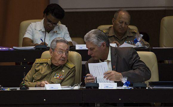 El presidente cubano Raúl Castro y el vicepresidente primero Miguel Díaz-Canel. Foto: Irene Pérez/ Cubadebate