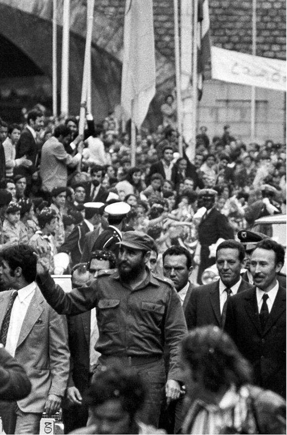 Fidel Castro durante su visita a Argelia, como parte del viaje por África, a su lado el presidente argelino Houari Boumedienne, 8 de mayo de 1972. Foto: Sitio Fidel Soldado de las Ideas.