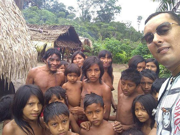 Desde el año 2016, el doctor Arnaldo Cedeño Núñez atendía a los niños indígenas de la etnia Apalai Waiana, en Brasil.