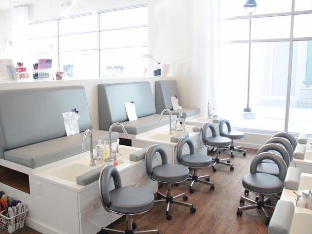 Luxe Nail Salon Trailblazer S National In Dallas