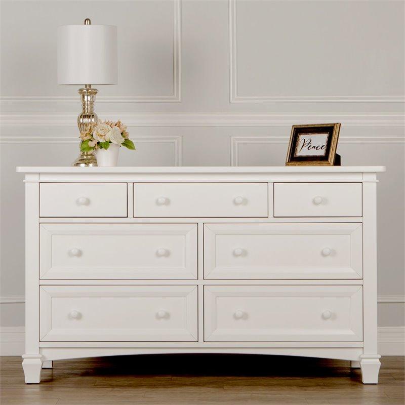 Evolur Fairbanks 7 Drawer Double Dresser In Winter White