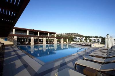 Island Blue Hotel, Pefkos - Compare Deals