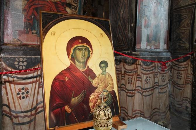 Icoana Maicii Domnului care plânge de la Mănăstirea Brâncoveanu de la  Sâmbăta de Sus (Foto:C. Andreescu)
