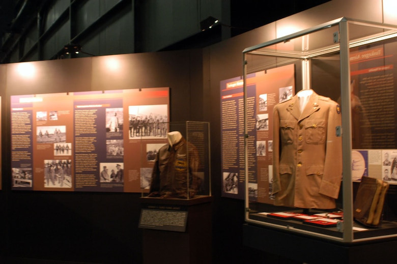 Tuskegee Airmen to discuss integration of the Air Force   National     DAYTON  Ohio    Tuskegee Airmen exhibit in the World War II Gallery at the