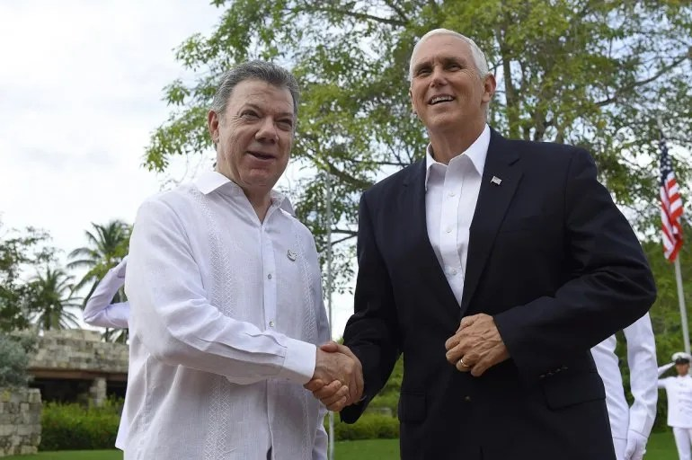Juan Manuel Santos y Mike Pence en Cartagena