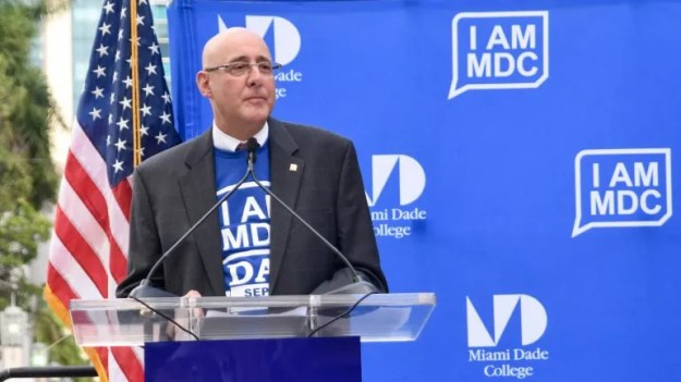 El presidente encargado del Miami Dade College, Rolando Montoya.