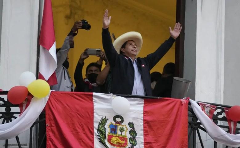 Perú: Pedro Castillo, ya es el presidente.