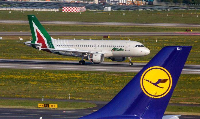DEU Deutschland Nordrhein Westfalen D�sseldorf 30 04 2017 D�sseldorf Airport Registration EI