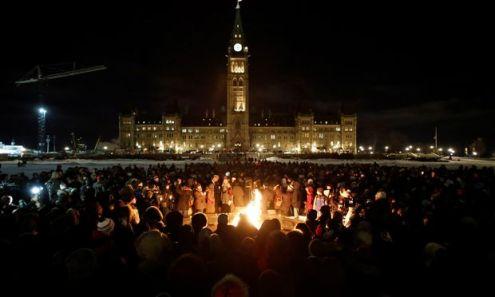 Gedenken an die Attentatsopfer. In Québec und anderen kanadischen Städten versammelten sich zahlreiche Menschen.