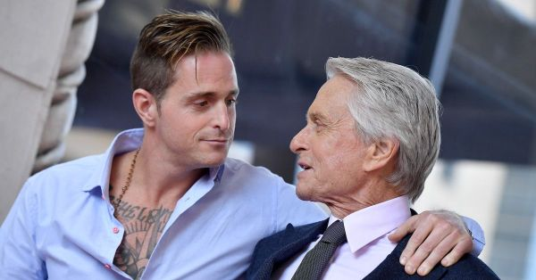Diane Sawyer Sits Down for Emotional Interview With Michael and Cameron Douglas