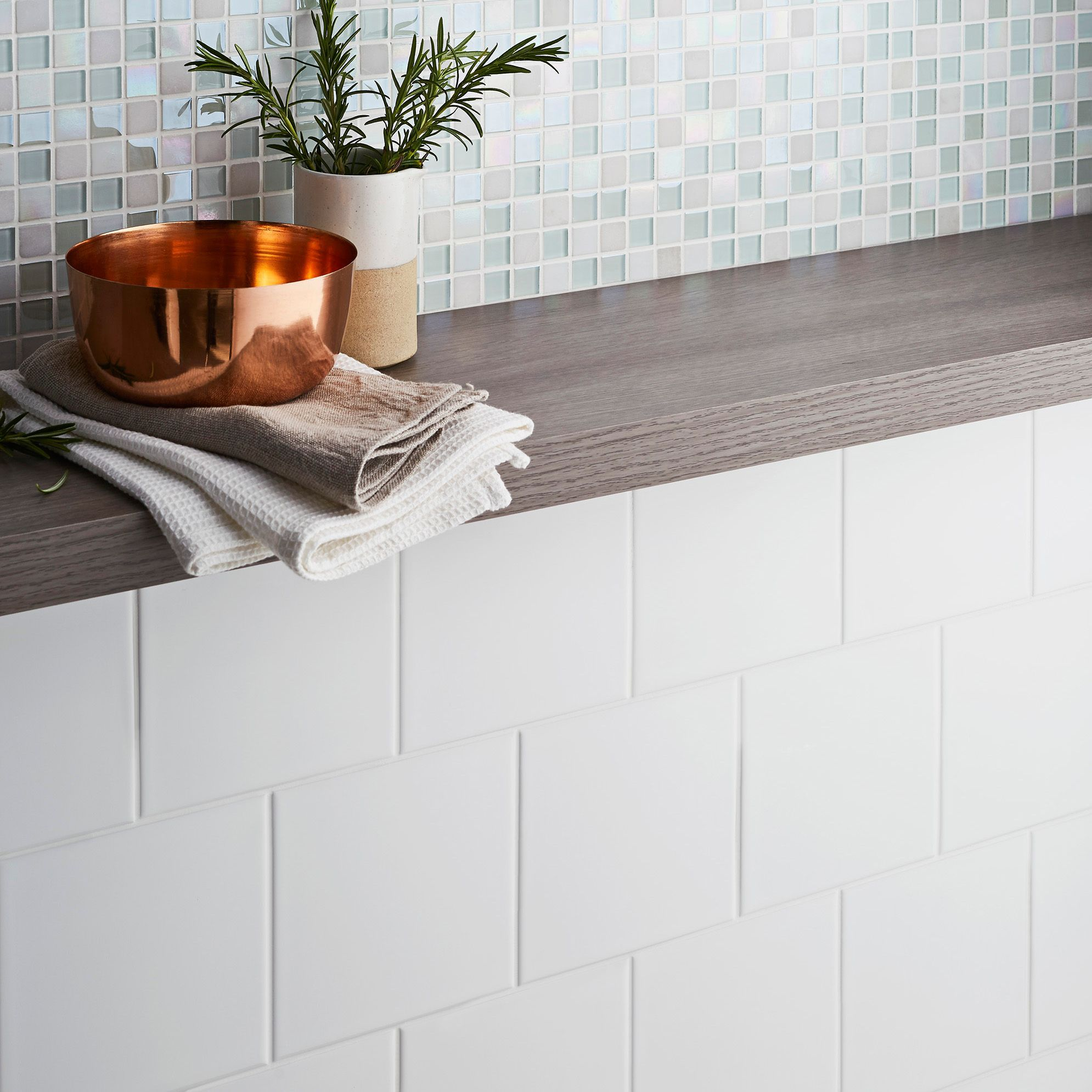 leccia white gloss ceramic wall tile pack of 44 l 150mm w 150mm sample