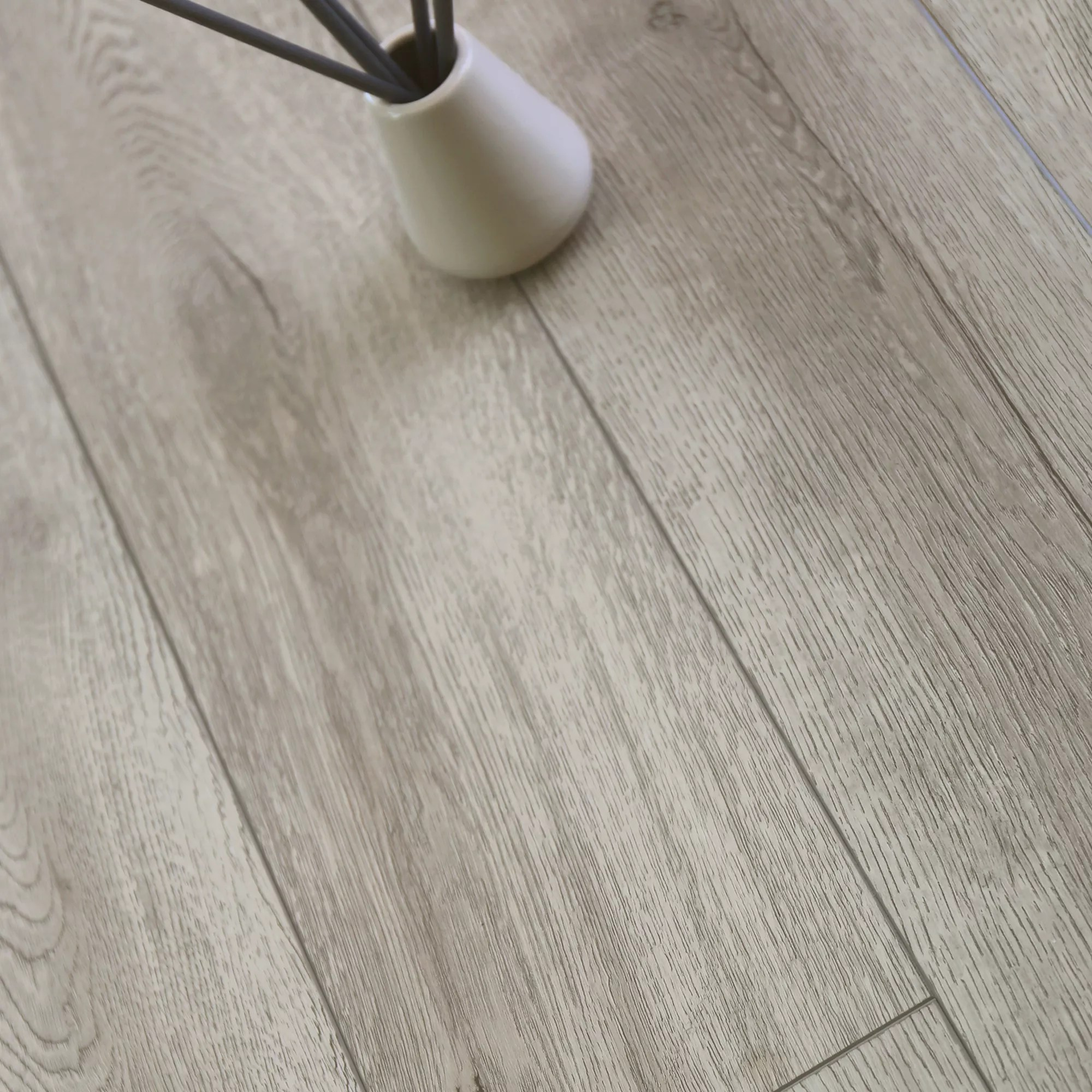 showhome grey wood effect luxury vinyl click flooring 2 42m pack