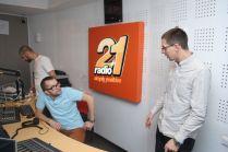piticu21 la radio21 simply positive-0010