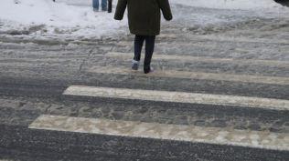 freeezing rain in Bucuresti polei in bucuresti iarna zapada viscol cod portocaliu (138)