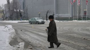 freeezing rain in Bucuresti polei in bucuresti iarna zapada viscol cod portocaliu (90)