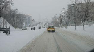 vremea in bucuresti strazi blocate cod portocaliu iarna viscol (43)