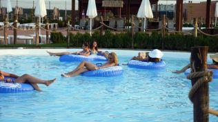 la plaja divertiland militari chiajna outlet aqua park bucuresti (15)