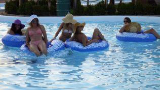 la plaja divertiland militari chiajna outlet aqua park bucuresti (82)