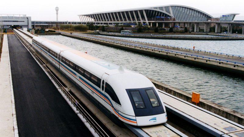 În Japonia trenurile merg de 10 de ori mai repede ca în România