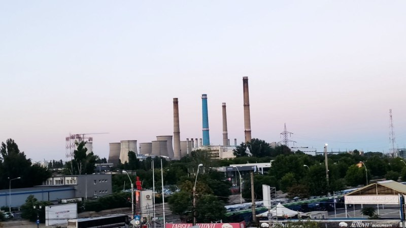 De ce nu este apă caldă în București
