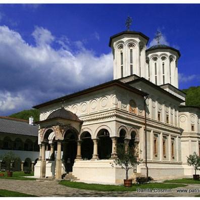 hurezi---biserica-manastirii