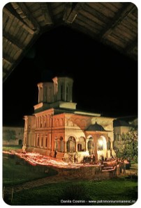hurezi---inconjuratul-bisericii