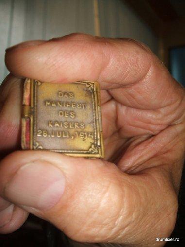 Cele mai mici cărți din România 6