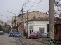 Atletul Albanez, vedere din stradă