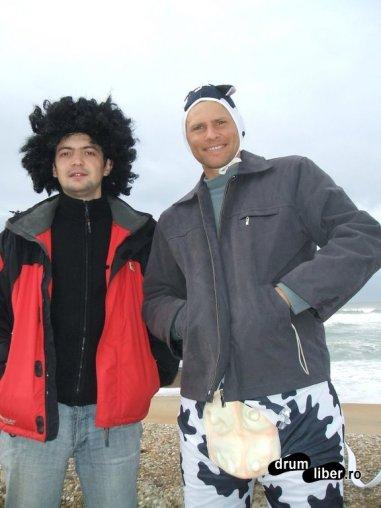 Eu cu Andrei pe malul Atlanticului la Biarritz, Franța
