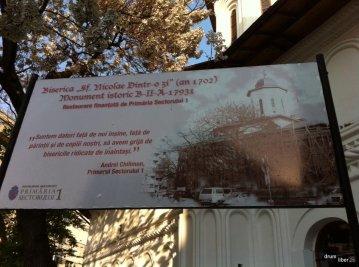 Restauratorii bisericii albaneze