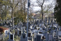 cimitirul Hajongard 2