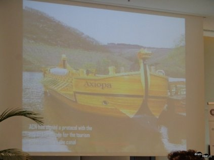 Canalul Dunăre - Marea neagră va fi folosit de Cernavodă pentru turism