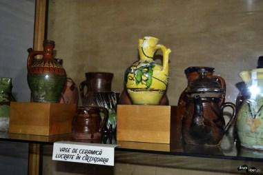 Vase din ceramică lucrate la Cârțișoara