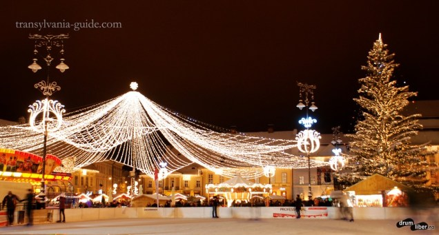 Decorațiuni de iarnă și târgul de Crăciun în Sibiu
