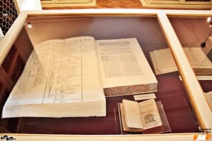 Dicționar de științe