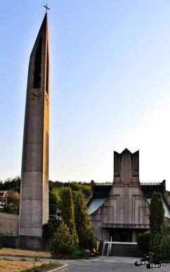 Biserica Romano-Catolică din Orșova și clopotnița