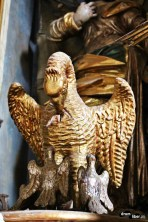 Pelicanul, simbolul sacrificiului suprem