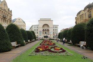 Piața Victoriei - Opera în capăt