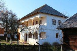 În Muzeul Satului de la Golești